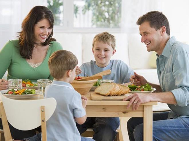 Thói quen lành mạnh bố mẹ nên tạo cho con từ khi còn nhỏ - Ảnh 5.