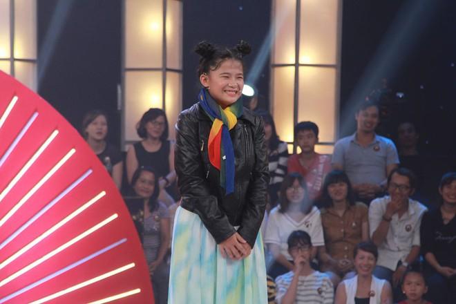 Thách thức danh hài: Cô bé 13 tuổi thổ lộ chưa đi diễn, nhưng bị phát hiện từng là thí sinh của gameshow hài - Ảnh 3.