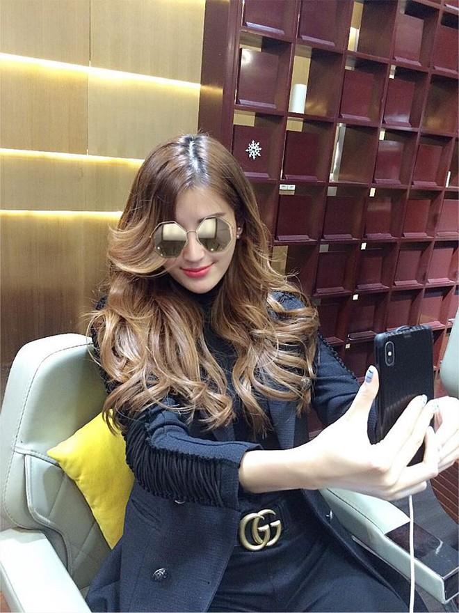 Các sao Việt đang thay đổi kiểu tóc để đón Tết rồi đấy, còn bạn thì sao? - Ảnh 12.