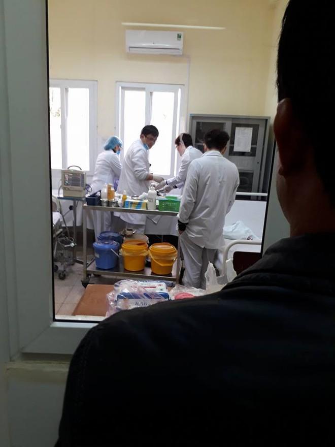 Quảng Ninh: Nam sinh lớp 9 nhập viện, nghi bị thầy giáo tát khiến tụ máu ở đầu - Ảnh 3.