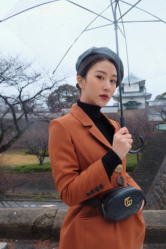 Nhìn ảnh Quỳnh Anh Shyn đi Nhật, ai cũng phải công nhận cô nàng đợt này makeup và ăn mặc xinh quá đỗi - Ảnh 2.