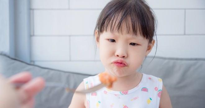 Những dấu hiệu cho thấy con bạn đang bị thiếu hụt chất dinh dưỡng - Ảnh 3.