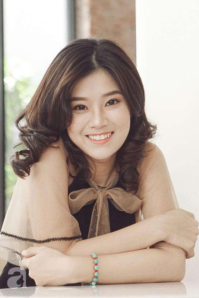 Hoàng Yến Chibi - 22 tuổi: Không xài đồ hiệu, mua 2 căn nhà và thấy bản thân xinh như búp bê - Ảnh 9.