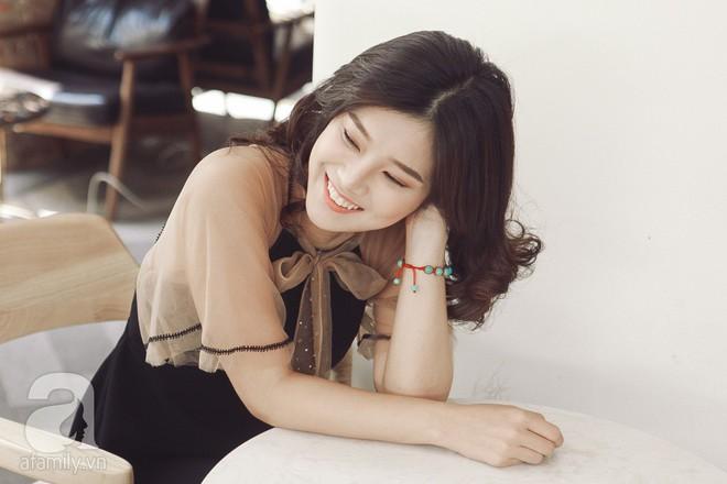 Hoàng Yến Chibi - 22 tuổi: Không xài đồ hiệu, mua 2 căn nhà và thấy bản thân xinh như búp bê - Ảnh 10.