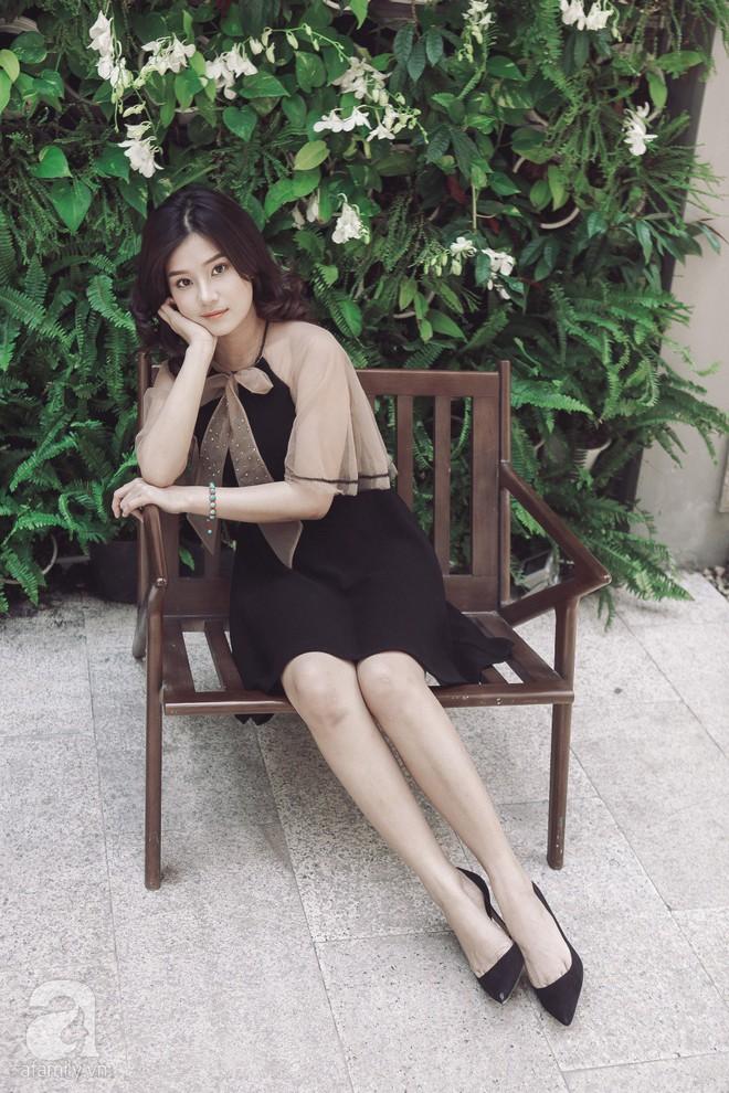 Hoàng Yến Chibi - 22 tuổi: Không xài đồ hiệu, mua 2 căn nhà và thấy bản thân xinh như búp bê - Ảnh 1.