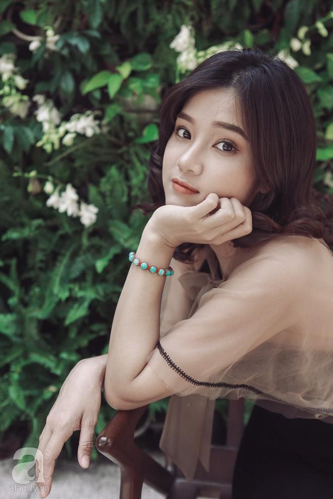 Hoàng Yến Chibi - 22 tuổi: Không xài đồ hiệu, mua 2 căn nhà và thấy bản thân xinh như búp bê - Ảnh 6.
