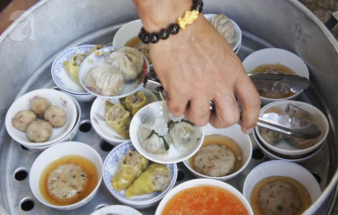 Tiệm dimsum bình dân siêu rẻ, chỉ 10 ngàn/ đĩa mà chất lượng chẳng kém ai, chuẩn vị người Hoa xưa ở Sài Gòn - Ảnh 7.