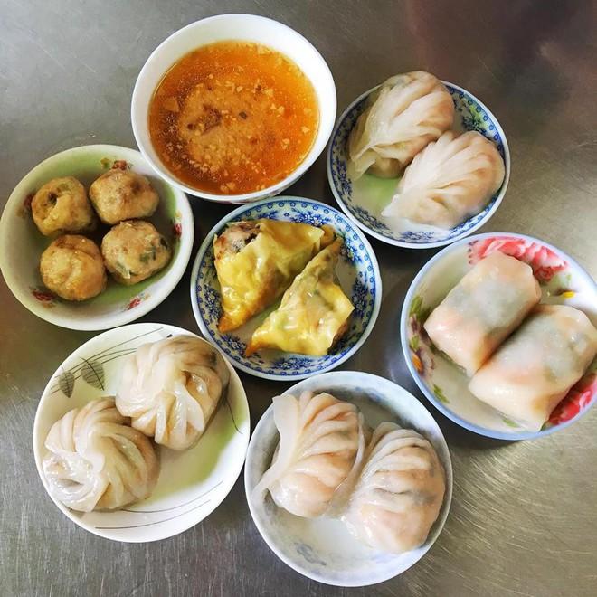 Tiệm dimsum bình dân siêu rẻ, chỉ 10 ngàn/ đĩa mà chất lượng chẳng kém ai, chuẩn vị người Hoa xưa ở Sài Gòn - Ảnh 9.