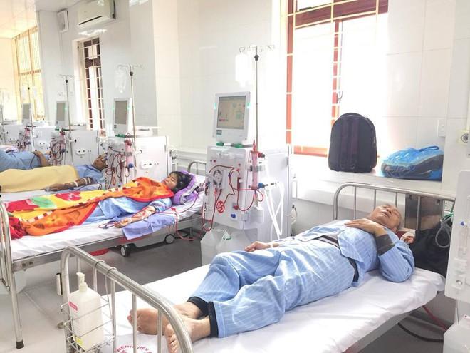 Đơn nguyên thận nhân tạo tại bệnh viện Đa khoa tỉnh Hòa Bình hoạt động trở lại - Ảnh 4.