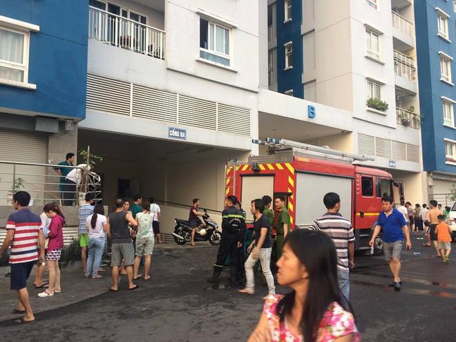 Nữ chủ tịch phường và 12 người thiệt mạng trong vụ cháy chung cư Carina Plaza ở Sài Gòn - Ảnh 1.