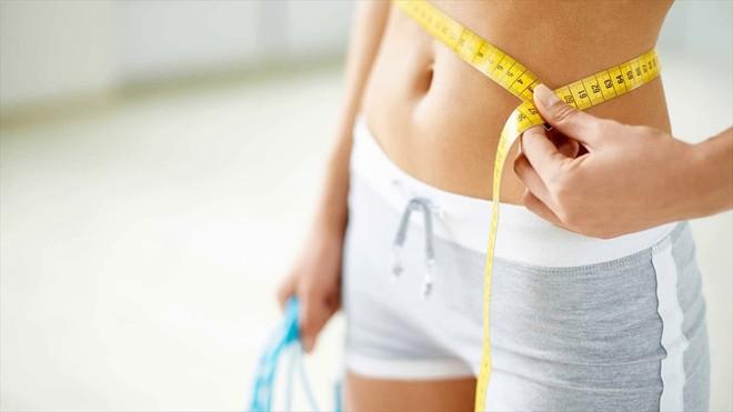 Trong ngày đèn đỏ, bạn rất dễ bị tăng cân chỉ vì những nguyên nhân sau - Ảnh 3.
