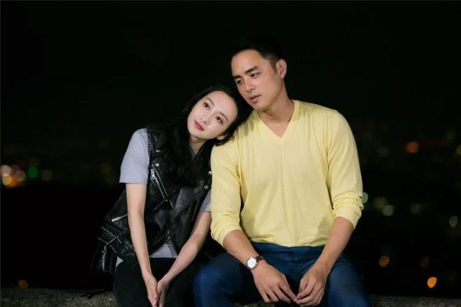 Sau scandal ngoại tình với Lưu Khải Uy, Vương Âu lộ nghi vấn hẹn hò với Hoàng Tử Ếch Minh Đạo? - Ảnh 1.
