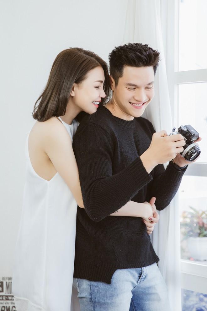 Trà Ngọc Hằng tái hiện mối tình tuyệt vọng trong MV mới, thừa nhận bị bài hát vận vào người - Ảnh 3.