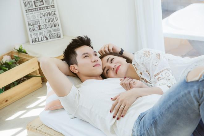 Trà Ngọc Hằng tái hiện mối tình tuyệt vọng trong MV mới, thừa nhận bị bài hát vận vào người - Ảnh 4.