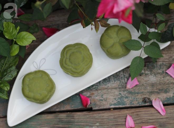 Thêm một nguyên liệu này món bánh đậu xanh quen thuộc sẽ ngon hơn gấp bội - Ảnh 1.