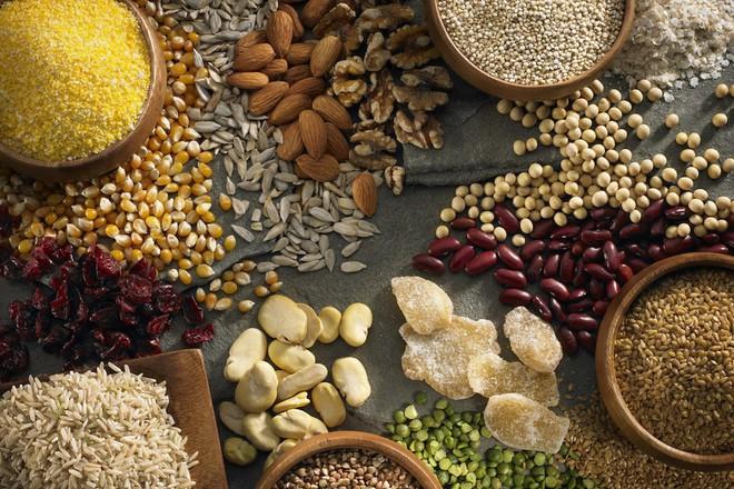 Chỉ ăn thêm rau là không đủ, hãy thực hiện các bước sau để đối phó với chứng bệnh táo bón - Ảnh 3.