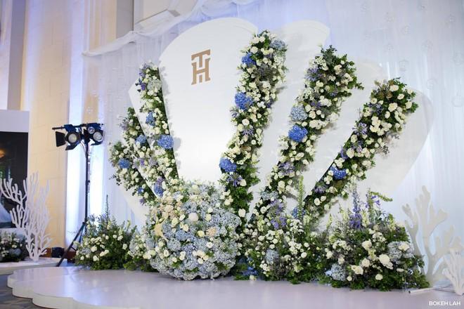 Cận cảnh đám cưới kỳ công xanh màu đại dương của Shark Hưng (Thương vụ bạc tỷ) và cô dâu Á hậu - Ảnh 26.