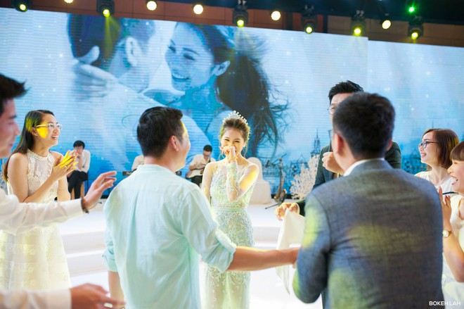 Cận cảnh đám cưới kỳ công xanh màu đại dương của Shark Hưng (Thương vụ bạc tỷ) và cô dâu Á hậu - Ảnh 22.
