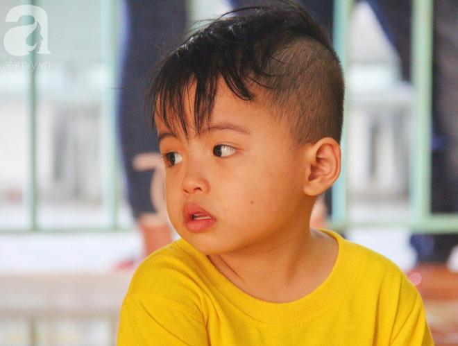 Tình hình hiện tại của bé não úng thủy Đức Lộc cùng với hơn 100 đứa trẻ bị bố mẹ bỏ rơi ở mái ấm Đức Quang - Ảnh 13.