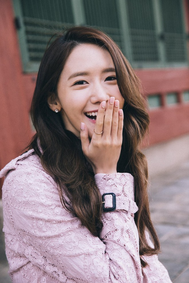 Cặp đôi cực phẩm Yoona và Park Bo Gum: Tình cờ nhiều lần như định mệnh, tình ý bùng nổ còn hơn phim - Ảnh 1.