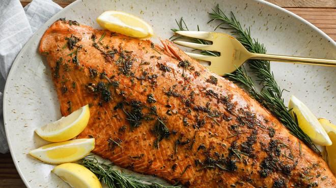 Đang giảm cân thì hãy xem ngay những thực phẩm cung cấp protein này - Ảnh 2.