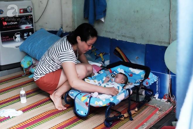 Bé Cà Rốt bị bỏ rơi trước cổng chùa đã trở về với người mẹ nuôi ở Sài Gòn sau nhiều ngày chia cách - Ảnh 1.