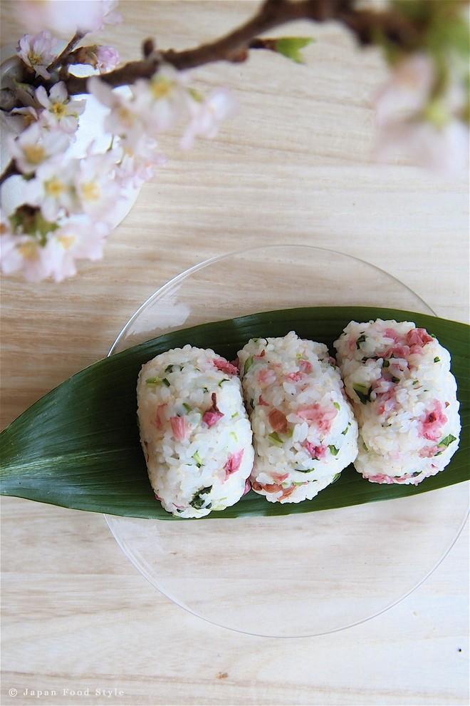 11 món ngon đẹp đến không nỡ ăn rất phổ biến trong mùa hoa anh đào Nhật Bản - Ảnh 9.