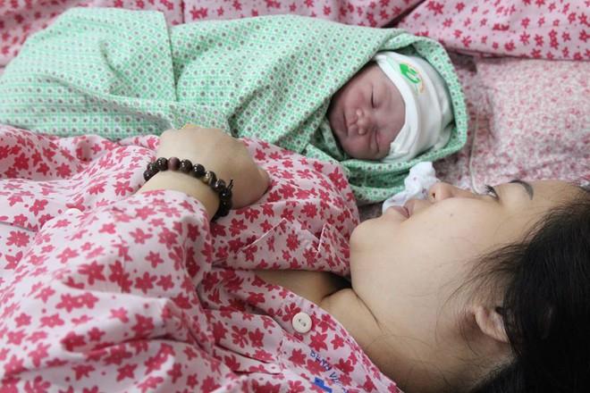 Những bé gái thiên thần chào đời ngày Quốc tế phụ nữ - Ảnh 2.