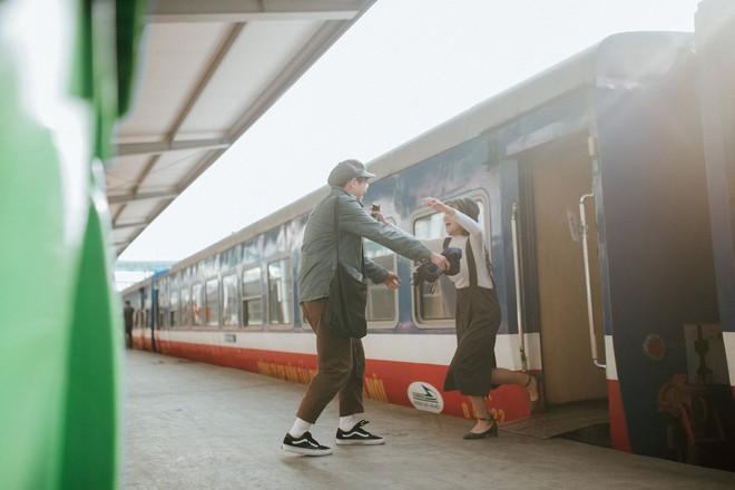 Yêu xa - bộ ảnh kỷ niệm tình yêu khiến MXH sốt xình xịch vì quá trong trẻo - Ảnh 6.