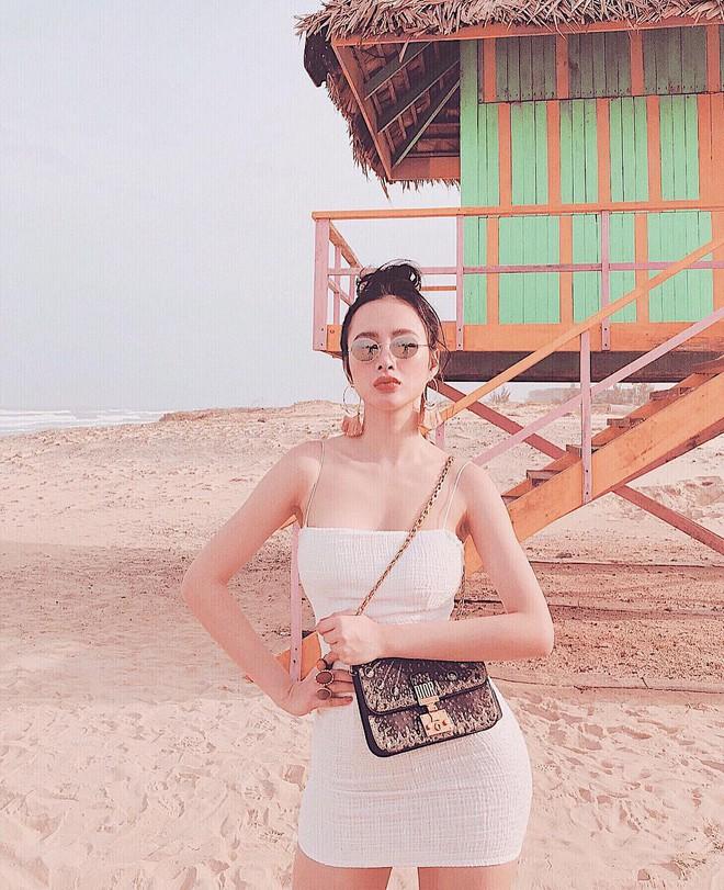 Khoe đường cong ác liệt thế này, chắc hẳn Angela Phương Trinh đang muốn trở thành Kim Kardashian phiên bản Việt - Ảnh 8.