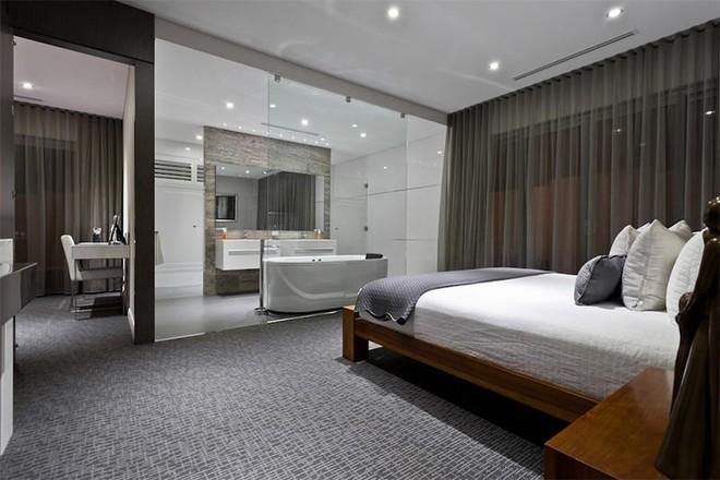 18 kiểu phòng tắm tích hợp phòng ngủ đẹp không khác gì khách sạn - Ảnh 16.