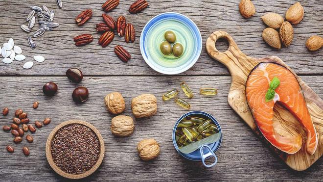 Top các dưỡng chất cần bổ sung ngay vào thực đơn để phát triển cơ bắp - Ảnh 1.