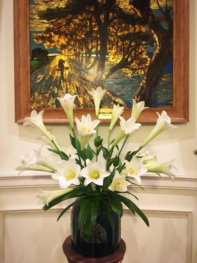 Tháng Tư ngất ngây với mùa hoa loa kèn và những cách cắm đẹp lung linh mê hồn - Ảnh 10.