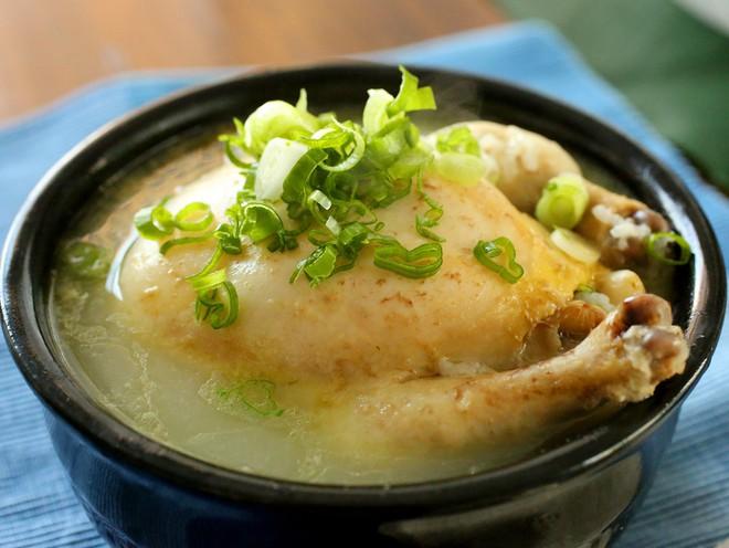 Ngày hè nóng nực nhưng người Hàn Quốc vẫn chuộng món ăn nóng hổi này bởi lý do ít ai đoán được - Ảnh 8.