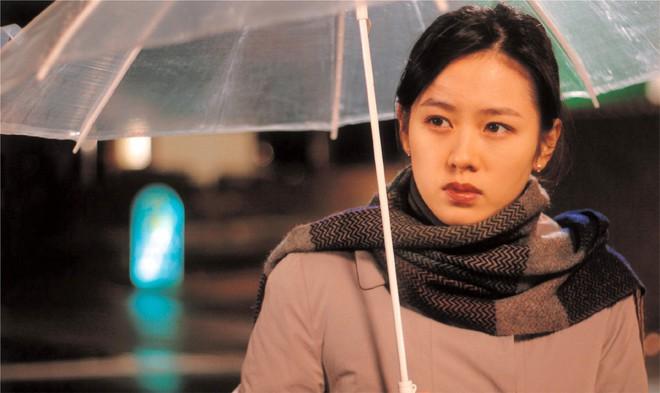 2 mỹ nhân cùng tuổi Son Ye Jin và Han Ga In: Nữ thần U40 vẫn chưa chịu kết hôn và nàng ngọc nữ sớm theo chồng nhưng không bỏ cuộc chơi - Ảnh 8.