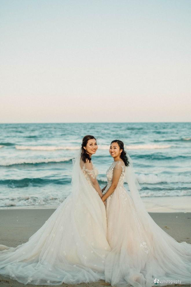 Đám cưới đẹp như mơ bên bờ biển Bình Thuận của cặp đôi đồng tính từng là tình địch khi yêu chung một cô gái - Ảnh 6.