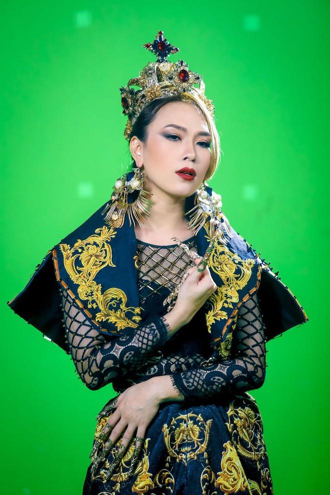 Bị mắng chửi vì điều gì thì đáp trả bằng điều đó, loạt ca sĩ cao tay nhất showbiz Việt là đây - Ảnh 14.