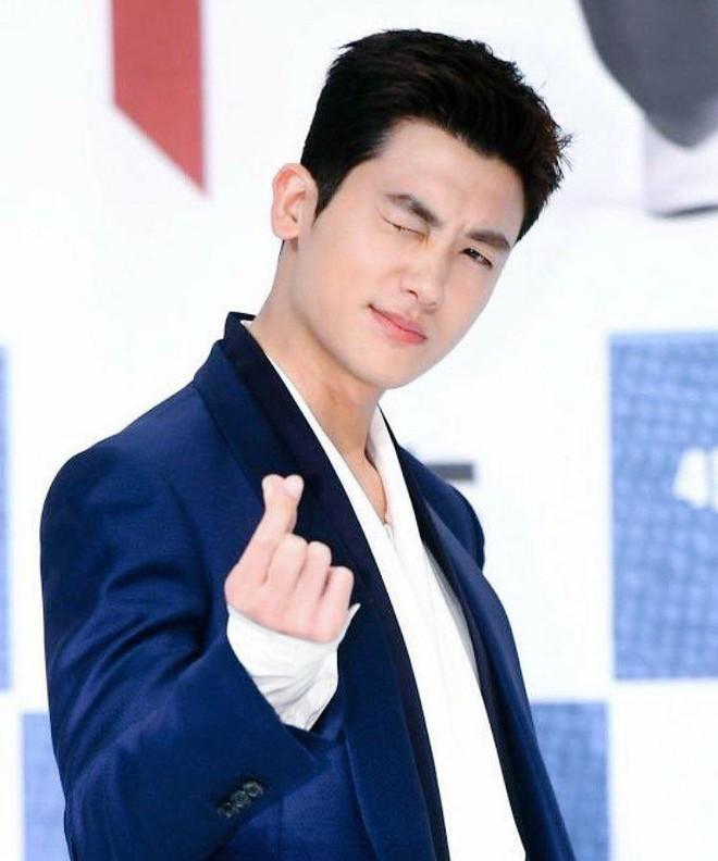 Lộ nếp nhăn tuổi tác nhưng nam thần thanh xuân Jang Dong Gun vẫn là cực phẩm nhan sắc trong ngày họp báo - Ảnh 10.