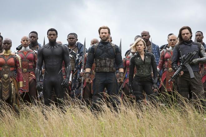 Cả dàn sao Việt đều bị lu mờ trước nhân vật đặc biệt này trong họp báo Avengers - Ảnh 16.
