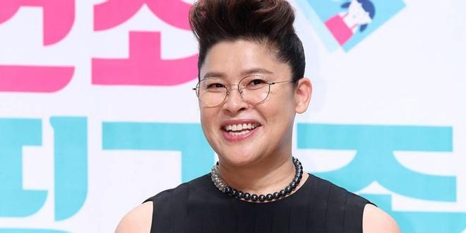 Jang Nara, Son Ye Jin và Taeyeon - Ai đứng đầu cuộc bình chọn 'Chị đẹp mua cơm ngon cho cư dân mạng'? - Ảnh 2.