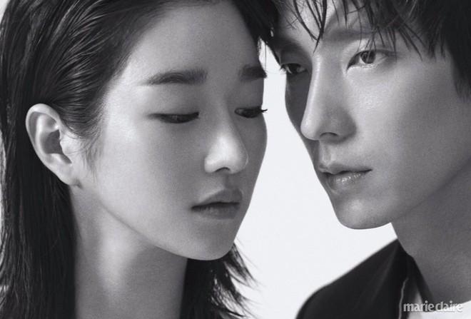 Khác một trời một vực với ảnh tạp chí, tài tử Lee Jun Ki gây hốt hoảng với cằm nhọn nhô ra như lưỡi cày - Ảnh 17.
