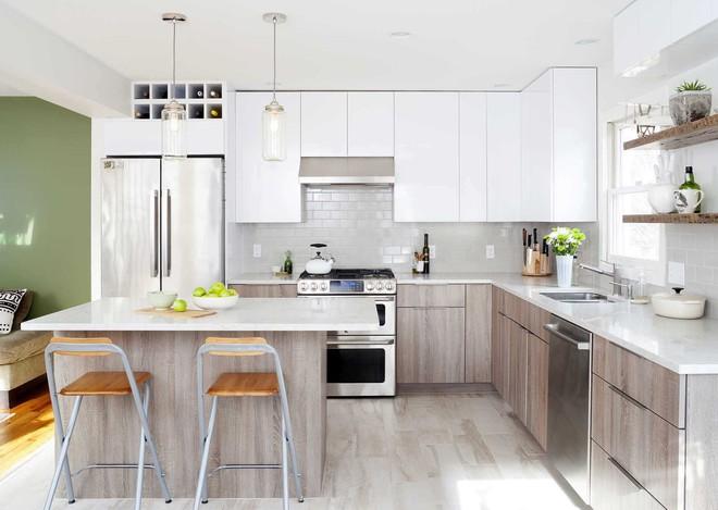Những căn bếp với diện tích chưa đến 10m² nhưng nhờ sử dụng gam màu này lại trở nên rộng thênh thang và đẹp bất ngờ - Ảnh 8.