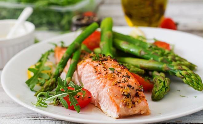 Mách bạn bí quyết giảm cân hiệu quả - tính dưỡng chất đa lượng trong chế độ ăn Macros - Ảnh 1.