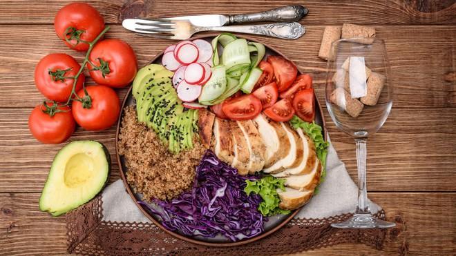 Mách bạn bí quyết giảm cân hiệu quả - tính dưỡng chất đa lượng trong chế độ ăn Macros - Ảnh 2.