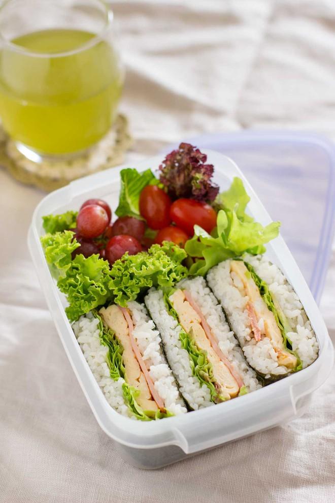 Bữa trưa tốc hành mà vẫn ngon bổ miễn chê - Ảnh 7.