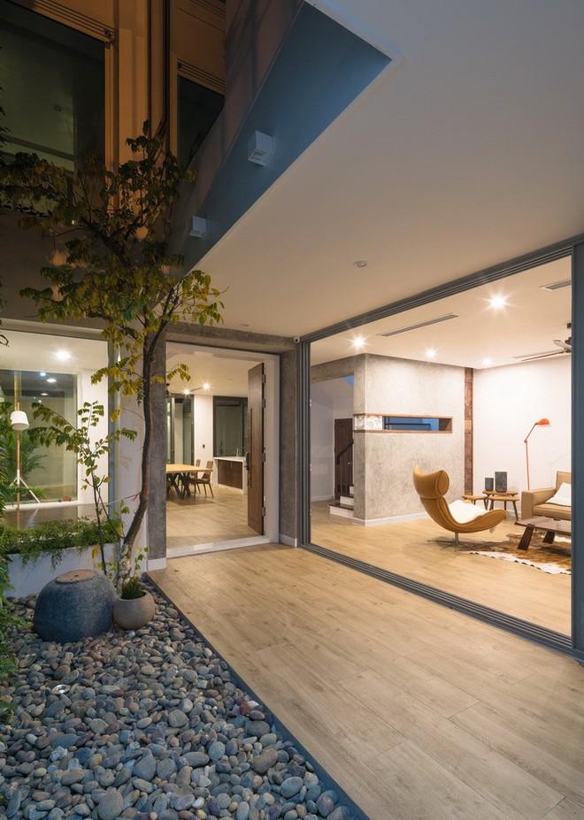 Ngôi nhà mọi không gian đều xanh, sạch, đẹp đến đáng ước ao ở khu đô thị đắt đỏ nhất nhì Hà Nội - Ảnh 4.