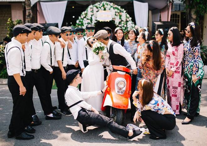 Muốn cưới vui, ảnh đẹp cứ cắp theo đạo cụ là hội bạn thân thì cứ gọi là ngả nghiêng vì hạnh phúc - Ảnh 12.