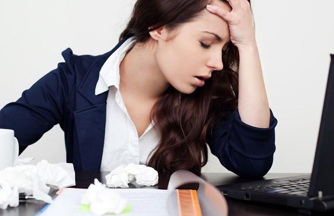 Hé lộ nguyên nhân hội chứng mệt mỏi mãn tính gây suy nhược cơ thể - Ảnh 3.