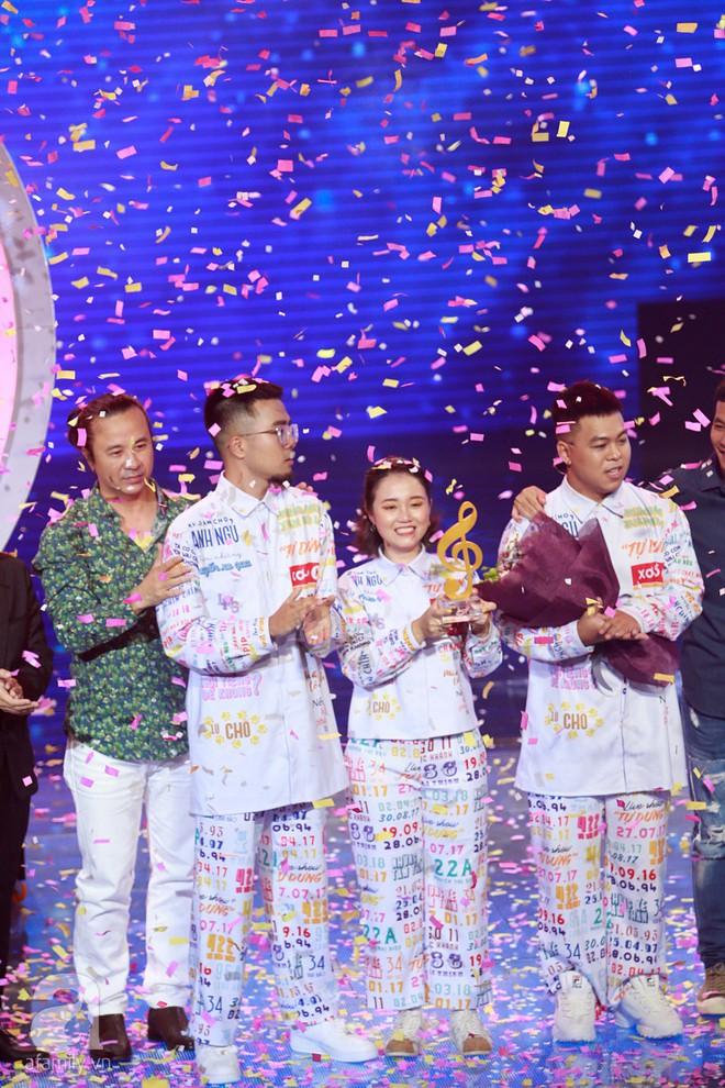 Vượt mặt học trò Hồ Hoài Anh, nhóm Lộn xộn trở thành Quán quân Sing my song 2018 - Ảnh 2.