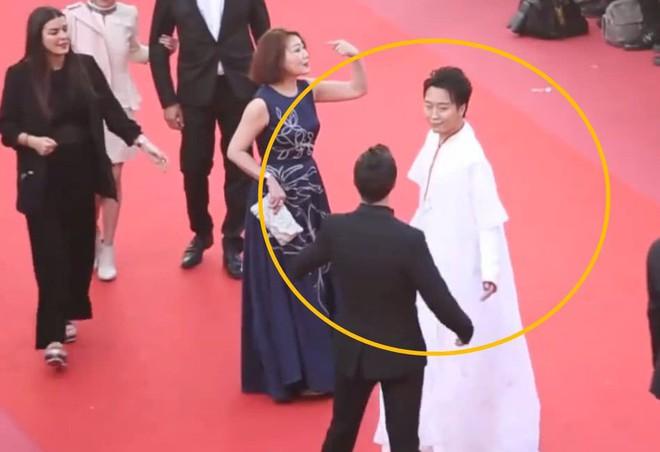 Quốc bảo Trung Quốc 3 lần bị bảo vệ đuổi khỏi thảm đỏ Cannes vẫn lì lợm ở lại - Ảnh 3.